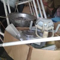 Satu paket barang inventarsis kondisi rusak berat dijual sebagai limbah padat/scrap