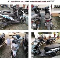 Lot 4 : Sepeda motor Honda Beat warna putih Nopol. A 5572 OC