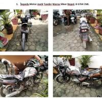 Lot 1 : Sepeda motor merk Tunder Warna Silver Nopol. B 6764 CNX
