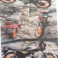 1 (satu) unit sepeda motor  merk Honda type Win (MCB), DA 2845 IZ, thn. 2004, warna Hitam, kondisi Rusak Berat