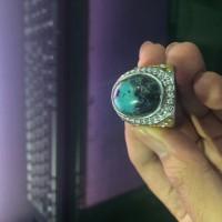1 (Satu) buah cincin batu bacan hijau Qory