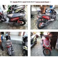 Lot 10 : Sepeda motor Honda Beat warna merah Nopol. -