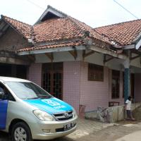 Dua bidang tnh dan bangunan dijual 1 (satu) paket  luas 38 m2, SHM No.223 dan luas 39 m2 SHM No.669  di  Kecamatan Serang, Kota Serang