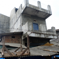 Dua bid tanah berikut  Kios dijual 1 (satu) paket  luas 24 m2 SHM No.1167 di    Kecamatan  Pandeglang, Kabupaten Pandeglang