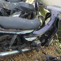 47. Pemkot: 1 (satu) unit sepeda motor Honda Astrea Grand tahun 1993 Nopol DR 2333 AK