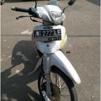 Sepeda Motor Suzuki FD110, tahun 2002, nopol AG2773E, warna silver hitam, noka MH8FD110X2J924270, nosin E109ID929920