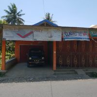 Mandiri : Tanah seluas 220 M2, SHM No.219/Mambu, berikut bangunan diatasnya terletak di Kel./Desa Mambu, Kec. Luyo, Polewali Mandar