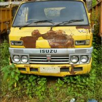 Pemkab Buleleng (22-05)3b : 1 (satu) paket scrap besi Truck, Merk/Type Izusu/TLD56, Nomor Polisi DK 9357, Tahun 1991