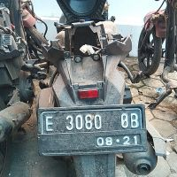KEJARI CIREBON :  1 (satu)  Honda Vario 150 warna hitam No Pol E 3080 OB (aslinya No Pol E 5164 YOT