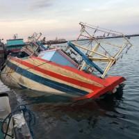 Kejari Probolinggo: 1 (satu) unit Kapal KM Argo Mulya Putri dan alat tangkap ikan Purse Seine