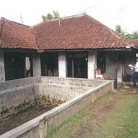 Bank Mandiri 2b. T/B, LT 224 m2 di Kp.Depok II RT.001/007), Kel.Sukahurip,Kec. Tamansari Kota Tasikmalaya