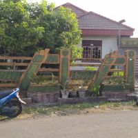 Sebidang tanah seluas 300 m2 berikut segala sesuatu diatasnya, SHM No.00240 di Jalan Putri Gading Cempaka Bengkulu