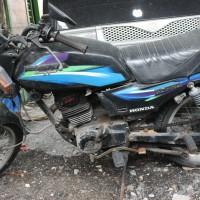 Pemkab Gresik Lot 5 : 1 (satu) Unit Sepeda Motor Honda GL Pro tahun 1994 Nopol W 6189 AP