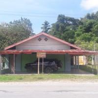 Sebidang tanah seluas 1.000 M2 terletak di Jalan Trans Sulawesi, Kelurahan Moengko, Kecamatan Poso Kota, Poso BNI PARIGI