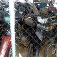 Kejari Aceh Tamiang, 1 (satu) unit Sepeda motor Shogun Merk Suzuki warna hitam No. Pol. BK 4869 XT, tanpa STNK dan BPKB.