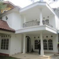 [Mandiri RSAM]1. Satu bidang tanah seluas 954 m2 berikut rumah tinggal SHM No.8801 di Jl R. Sukamto Lr Pancasila No.66 A/B Palembang