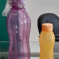 1l. lelang sukarela 1 (satu) set Tupperware terdiri dari 2 pcs botol ukuran 1.000 ml dan 310 ml