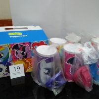 Lelang Sukarela - 1 (satu) set Tumbler My Little Pony merek Tupperware