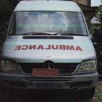 Ambulance Mercedes Benz Sprinter 413 CDI, warna silver, tahun pembuatan 2007, Nopol DK 9203 W, milik PemKab Jembrana