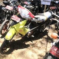 1 (satu) unit Motor No. Lot 117 Merek Suzuki Tipe Shogun 125 No Rangka MH8FD125R6J-142751 No Mesin F404-ID-142643 Tahun Pembuatan 2006 BPKB