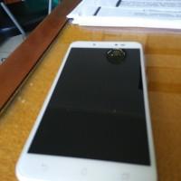 Kejari Bangli (21-11)1 : 1 (satu) buah Handphone merk Asus Zenline A007
