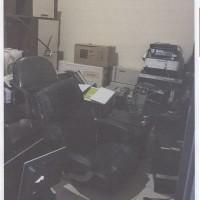 1 paket barang inventaris kantor sebanyak 194 unit dalam kondisi rusak berat