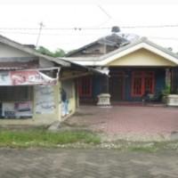 Tanah & Bangunan Rumah dan Toko, terletak di Desa/ Kel. Sukowati, Kec. Kapas, Kab. Bojonegoro, terdiri dari SHM No. 520, LT. 281 M²