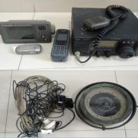 Kejari Karimun - 13).  1  buah kompas, 1  buah GPS, 1  set Radio SSB, 1  buah antena, 1 (satu) buah telephone, 1 (satu) buah GPS
