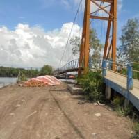2. Pemkab Tanjabtim Melelang 1 (satu) unit Jembatan Gantung Tahun perolehan 2008