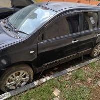 Kejari PALI Lot 15: Mobil merk Nissan Grand Livina warna hitam Nomor Polisi BG 1980 CY, Tahun pembuatan : 2012, Tanpa BPKB dan Tanpa STNK