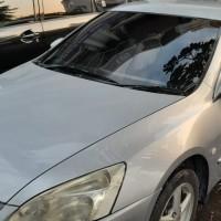 (BRI HR Muhammad) Mobil Honda Accord CM 5 VTI L MT Tahun 2004,L 468 RS, Warna Abu-Abu Metalik