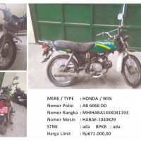 BKAD Gunungkidul 4.4: 1 (satu) unit sepeda motor merk/type HONDA WIN Nopol AB 6068 DD Tahun Pembuatan 1999 STNK/BPKB Ada