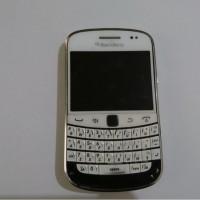 (Kejari Jepara) 12. 1 (satu) buah HP Blackberry