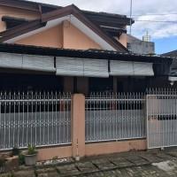 Sebidang tanah berikut bangunan di atasnya SHM 26491 di Jl Jipang Raya Kompleks Bumi Palem Makassar  (Pengadilan Negeri Makassar)