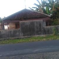 BRI BWI 2) Sehamparan tanah bangunan tersebut dalam SHM No. 763, 764, 765 dan 766 di Desa/Kel. Benculuk, Kec. Cluring, Kab. Banyuwangi