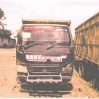 Kejari Ketapang 8: 2 (dua) unit truk Mitsubishi