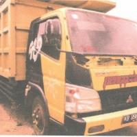 Kejari Ketapang 2: 1 (satu) unit truk Mitsubishi dan kayu olahan