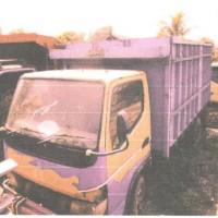 Kejari Ketapang 7: 1 (satu) unit truk Mitsubishi dan kayu olahan