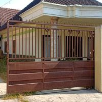 Bank Syariah Mandiri - Tanah & bangunan SHM No. 682 luas 529 M2 terletak di Ds. Bululawang Kec. Bululawang Kab. Malang