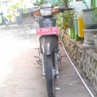 (Man 2 Tuban) 1 Unit Motor Honda/NF 100 tahun 1997, Nopol S 2007 EP