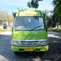 1 (satu) unit kendaraan Hino Truck Merk/type DUTRO 110 tahun 2009 Nopol EA 8607 MZ (sitaan KPP Pratama Raba Bima)