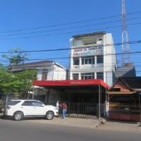 KURATOR ABU TOURS-11 : 1 (satu) bidang tanah seluas 234 m2, berikut bangunan diatasnya, di Jln. Kakatua No.35, Makassar
