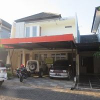 KURATOR ABU TOURS-2 : 1 (satu) bidang tanah seluas 135 m2, berikut bangunan diatasnya, di Jln. Dg. Tata Raya Blok K No.30, Makassar