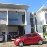 KURATOR ABU TOURS-9 : 2 (dua) bidang tanah, dan bangunan diatasnya, di Perumahan Lagosi Home Blok B.7, Makassar