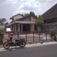 BNI Kanwil Malang: 1. Tanah & bangunan SHM No. 573 luas tanah 360 M2 di Desa/Kel.Tambakbayan, Kec.Ponorogo, Kabupaten Ponorogo