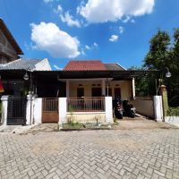 BSM ACR Malang: Tanah & bangunan SHM No. 1585 luas tanah 73 M2 di Desa/Kel.Cokromenggalan, Kec.Ponorogo, Kabupaten Ponorogo