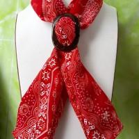 1 (satu) buah scraf Batik Manado warna Merah Merek Sang bayu Handy craft