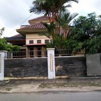 Sebidang tanah seluas 300 m² dan bangunan, SHM No. 852, di Kel.Teluk Lingga, Kec. Sangatta Utara, Kab. Kutai Timur, Kalimantan Timur.