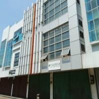 BCA:2  bidang tanah satu hamparan total luas 134 m2 dijual satu paket + bangunan  di No. 6 A dan No. 7 A, Komp.Ruko Highway Cilegon