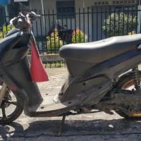 (Kejari Mentawai) Lot 1.1 (satu) unit Sepeda Motor Merk MIO warna hitam, Tanpa Nomor Polisi, kunci, STNK dan BPKB, kondisi Rusak Berat